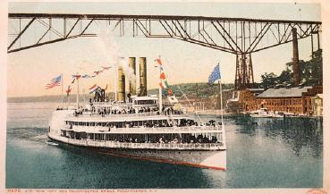 Image steamboat on Hudson River